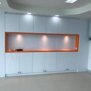 โอฟิซุ เฟอร์นิเจอร์ / บิ้วอินตู้ โทน สีขาว – ส้ม SKU: 99041